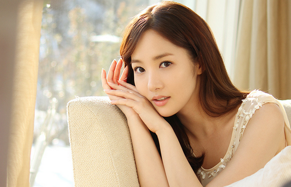 Park Min Young Looks Adorable with Pigtails