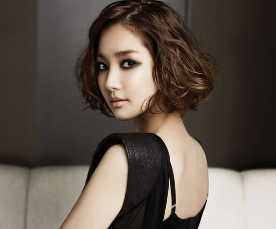 """Park Min Young Looks Lovely For Latest Pictorial For """"SS"""""""