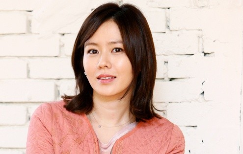 "Son Ye Jin Swims to Small Screen with ""Shark"""