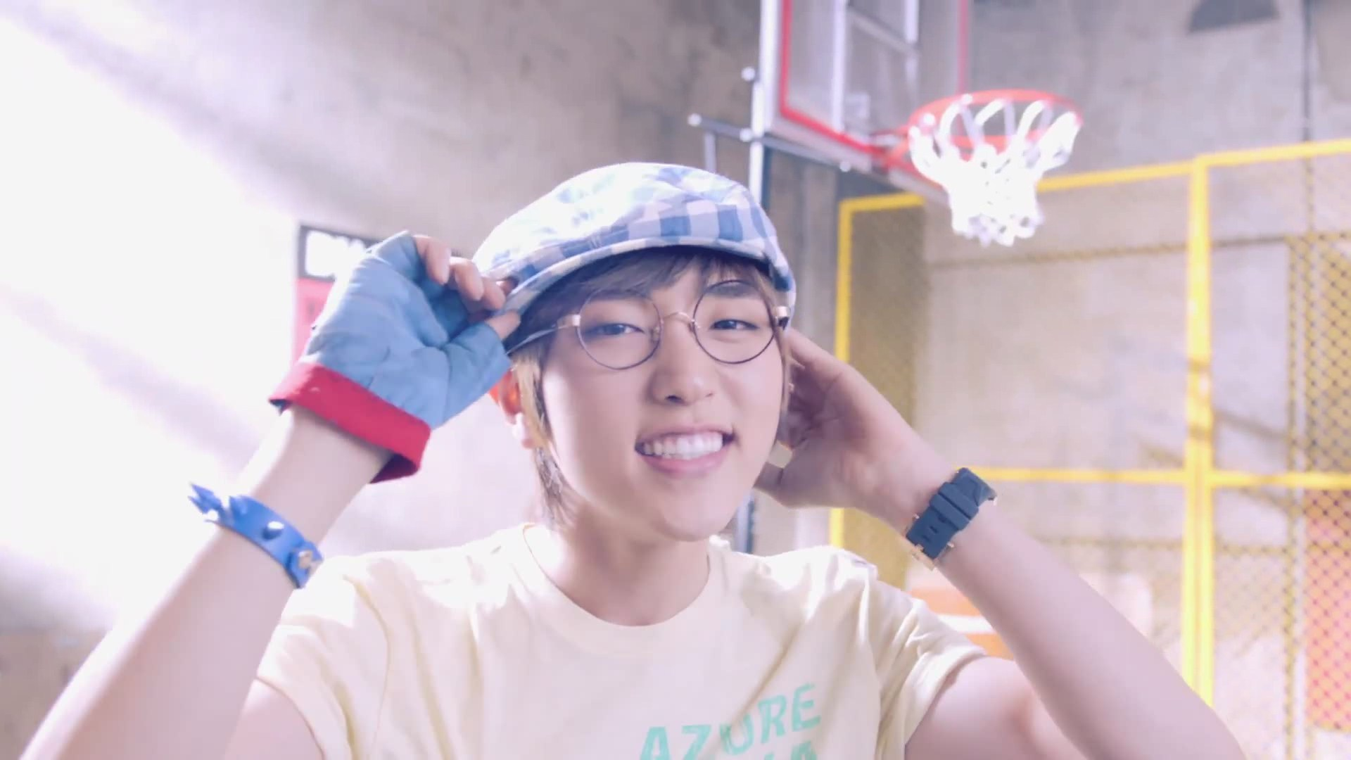B1A4's Sandeul Celebrates 22th Birthday With Members