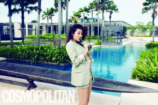 """Kim Ha Neul Shows Glimmering Beauty in Bali for """"Cosmopolitan"""""""