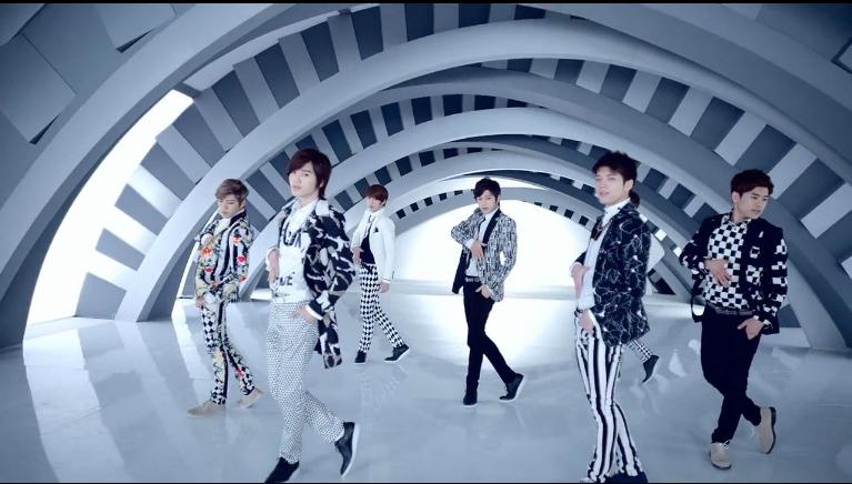 "Eat Your Kimchi Reviews Infinite's ""Man in Love"" MV"