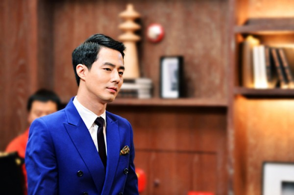 "Writer No Hee Kyung of ""That Winter, The Wind Blows"" Praises Jo In Sung"