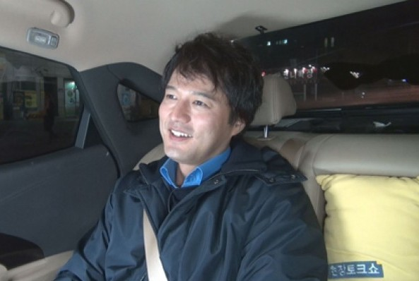"""Kim Sung Min Tears Up While Talking about Secret Marriage and Drug Conviction on tvN """"Taxi"""""""