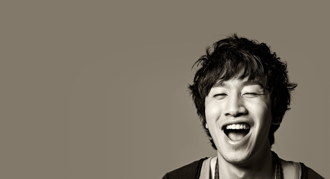 "Lee Kwang Soo Gets Humiliated by Jackie Chan's Joke on ""Running Man"""