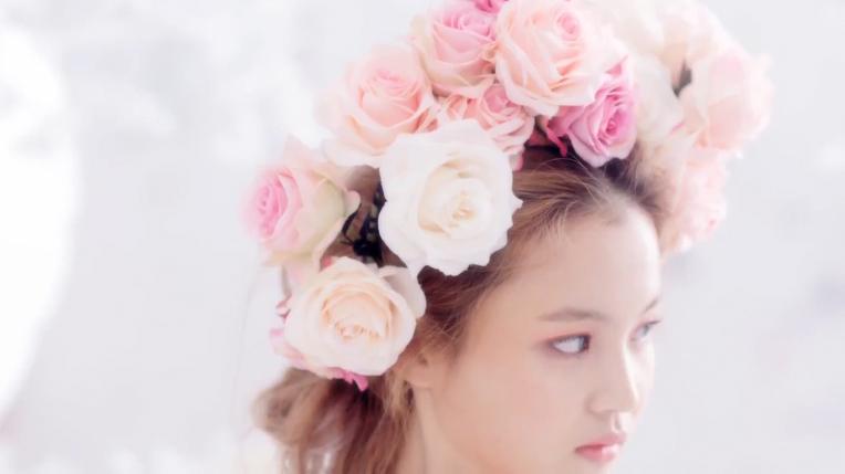 """Lee Hi Reveals Teaser for """"Rose"""""""