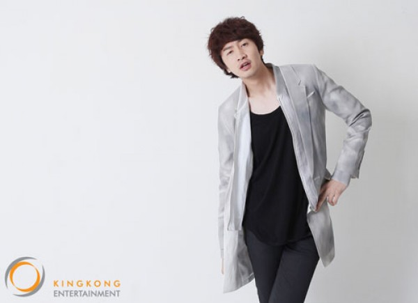 Lee Kwang Soo Considering Overseas Fan Meetings Due to High Demand