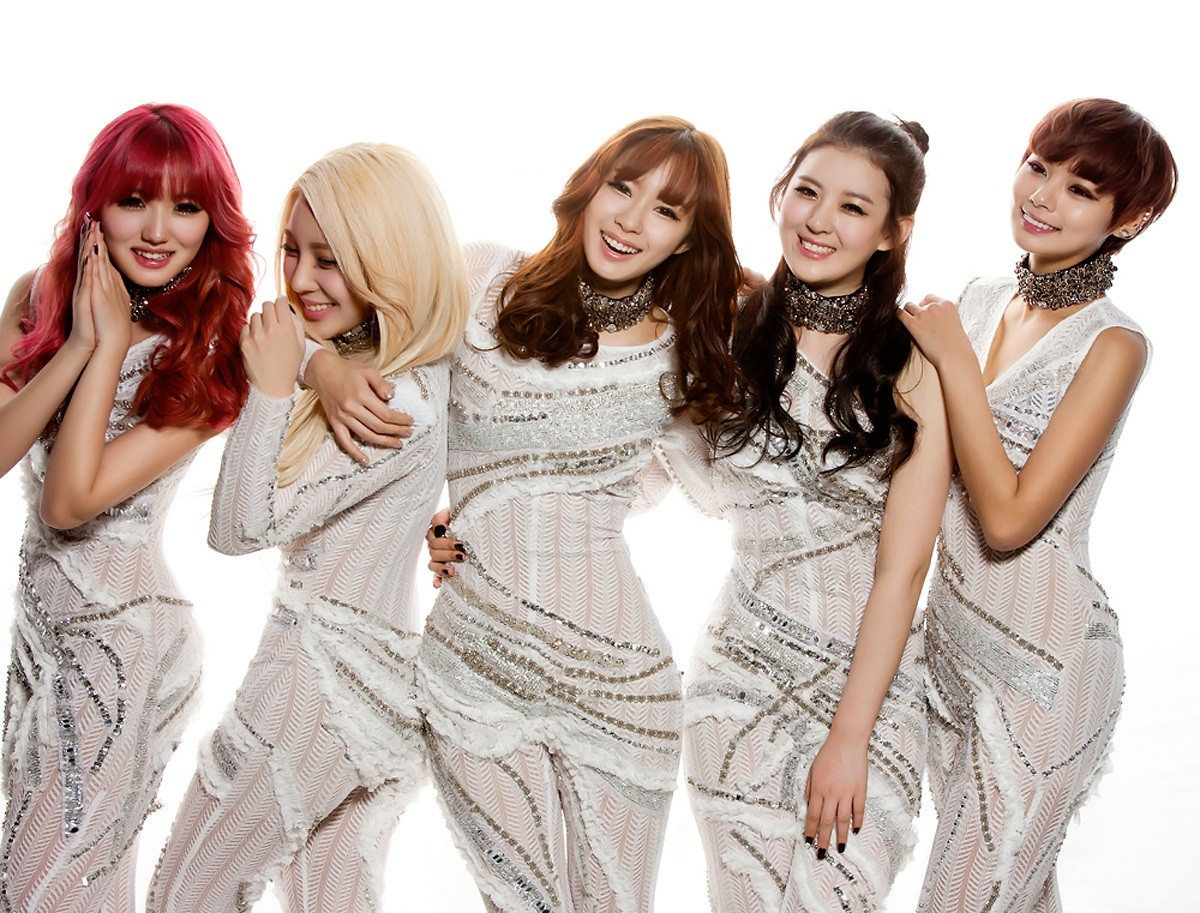 "[Exclusive] Interview with RaNia, Behind-the-Scenes Video + Win RaNia Personalized Autographed ""Just Go"" Albums!"