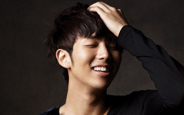 2AM's Seulong Makes a Handsome Daddy