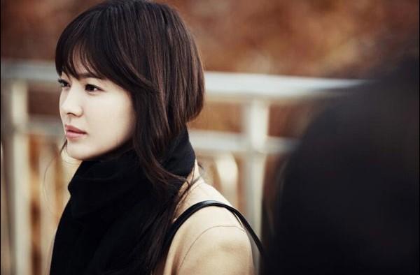 "Song Hye Gyo Takes Legal Action Against 24 Netizens for ""Sponsorship"" Rumors"