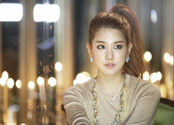 SPICA's Jiwon Talks About Almost Debuting as a Member of T-ara