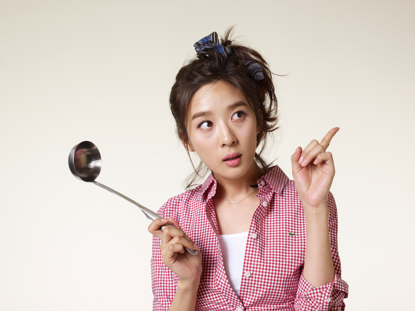 Lee Chung Ah Reveals Gift from Lee Ki Woo