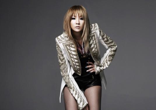 [SNS Pic] 2NE1's CL Shows Off Sexy Shoulder Line