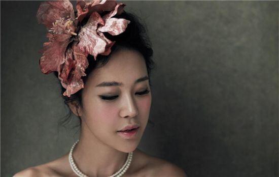 Baek Ji Young Shares Reason For Not Revealing Pregnancy Until Now