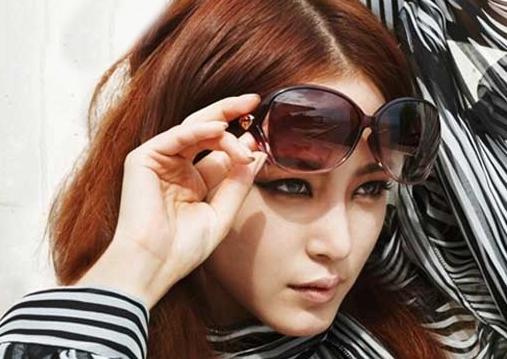 Actress Han Ye Seul Works with Lady Gaga's Stylist