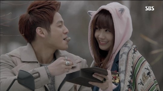 A Pink's Jung Eunji Considers Herself Lucky to Have Partnered with Kim Bum