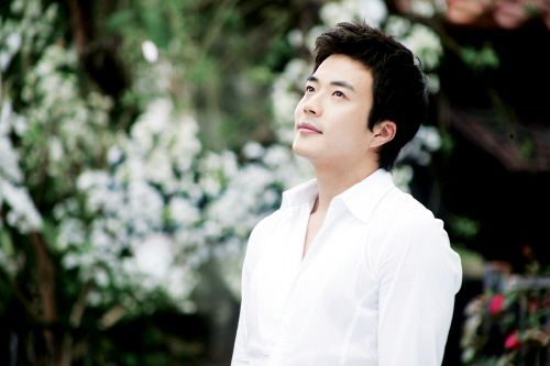"Kwon Sang Woo: ""Many Viewers Thought My Character Was Too Stupid To Execute A Proper Revenge"""
