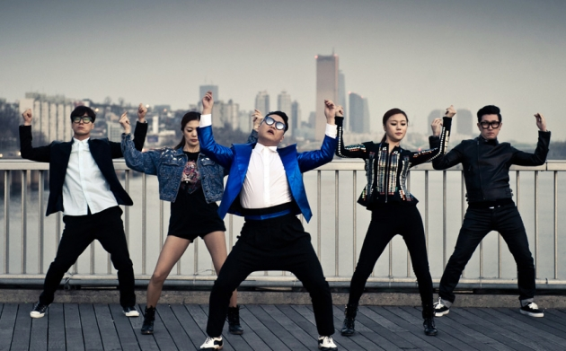 "PSY's ""Gentleman"" #5 on Billboard's ""Hot 100"""