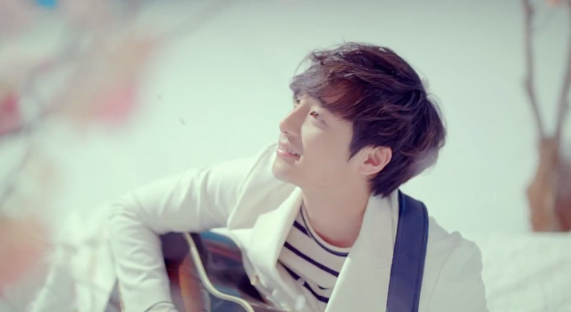 "It Is Certainly ""Spring Spring Spring"" in Roy Kim's 2nd MV Teaser"