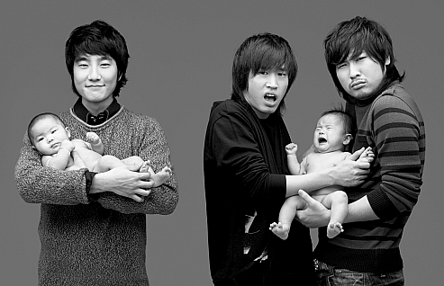 Epik High Member DJ Tukutz Reveals Recent Photo of Son