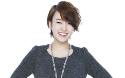 "Younha Contributes to ""The Queen of Office"" OST"