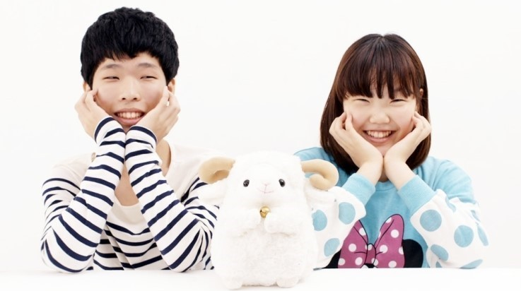miss A's Suzy Encourages Akdong Musician With Handwritten Letter