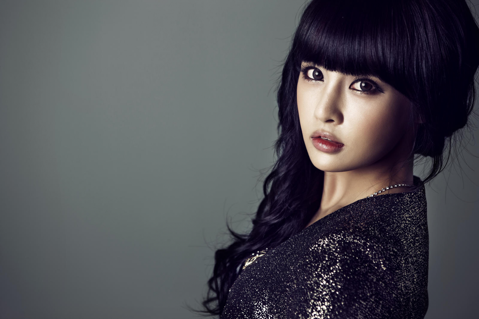 T-ara Member Boram's Gaunt Legs Draw Concern from Netizens