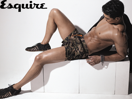 Jung Suk Won's Rippling Muscles Make Temperatures Rise for Esquire
