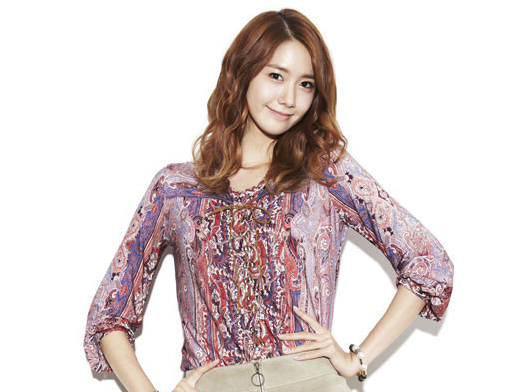 [SNS Pic] YoonA Temporarily Experiments With Medusa Hairstyle