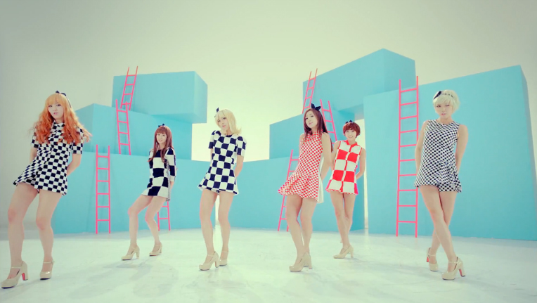 "Hello Venus Releases MV Teaser for ""Do You Want Some Tea?"""