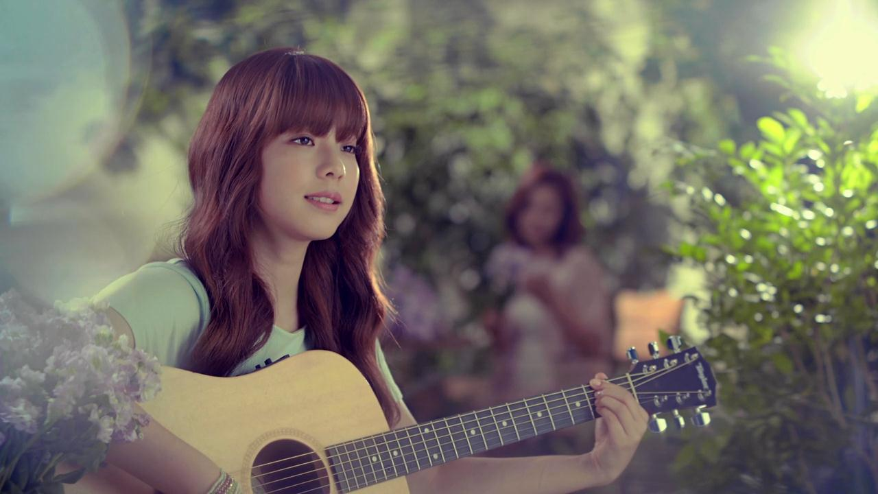 Juniel Cranks Up the Fun With Newly Released Album Jacket