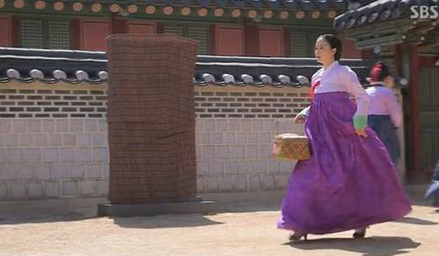 "Presence of High Heels in ""Jang Ok Jung, Live in Love"" Is Explained"