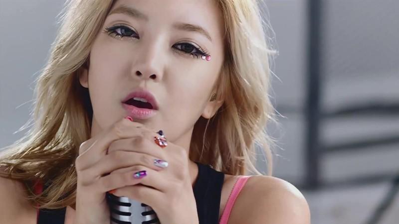 NS Yoonji Looks Beautiful in a Wedding Dress