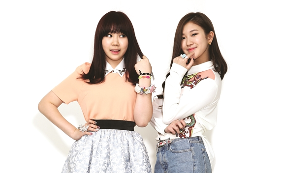 "15&'s Park Ji Min Interview Part 2: ""People Ask Why I Joined JYP, But I Don't Regret It…"""