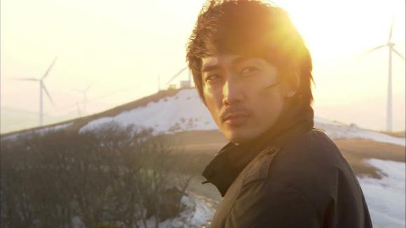 [SNS Pic] Song Seung Hun Shows Off His Piano Skills