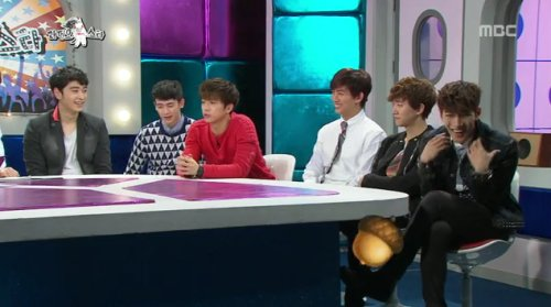 """Radio Star"" MCs Tease: ""Jun.K Is Better off in YG"""