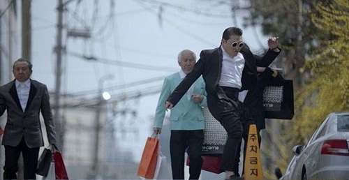 "PSY's ""Gentleman"" Deemed Inappropriate by KBS Once Again"