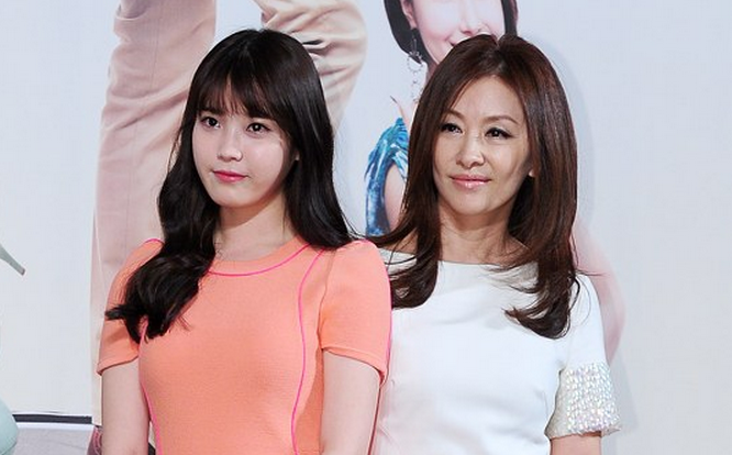 Veteran Actress Lee Mi Sook Praises IU's Acting