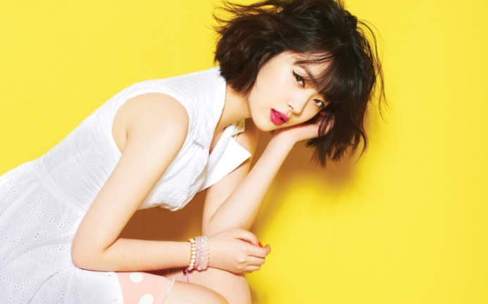 Sulli Says She's More Like a Mother Figure for Her Baby Brother