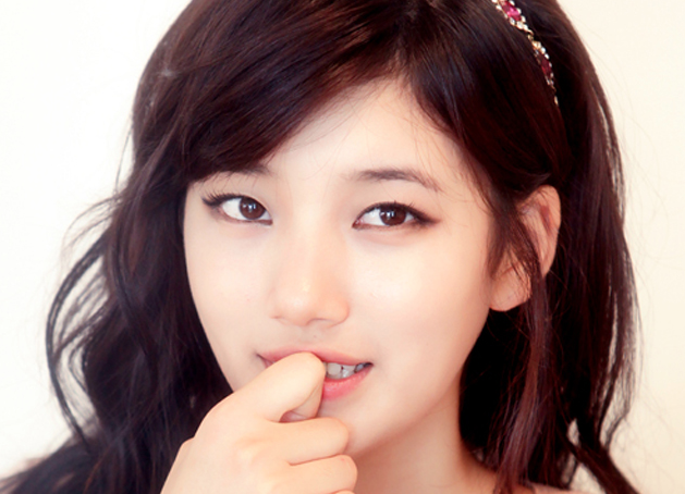 """""""Gu Family Book"""" Actress Suzy Talks About Her """"Cherry Blossom Sword"""" Technique"""