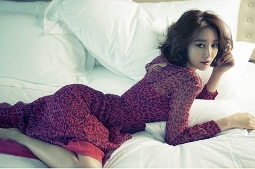 Go Joon Hee's Sexy Bedroom Photo Shoot