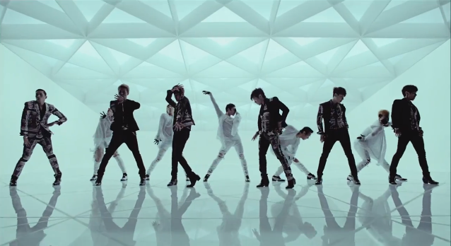 """Shinhwa is Vogue in """"This Love"""" Music Video"""
