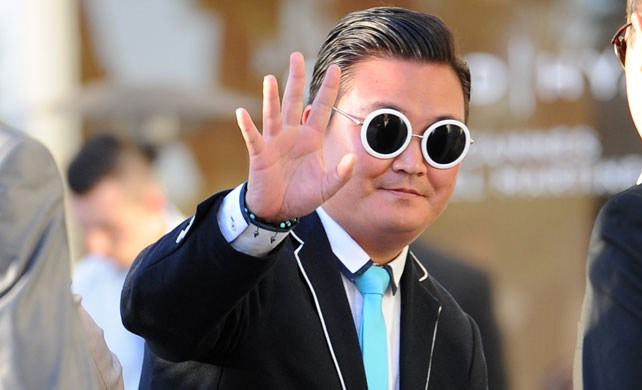 Fake PSY Dupes Celebrities at Cannes Film Festival!