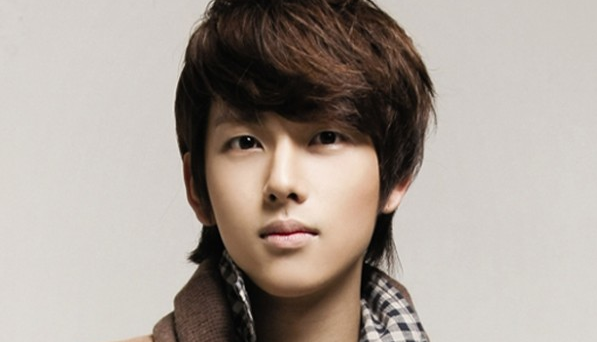 Did ZE:A's Im Siwan Not Age Since Childhood?