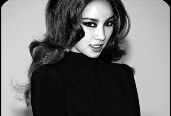 Lee Hyori Will Hold a Special Comeback Show on May 22
