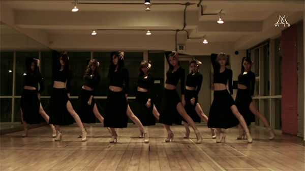 "Nine Muses Reveals Dance Practice for ""Coming of Age Ceremony"""