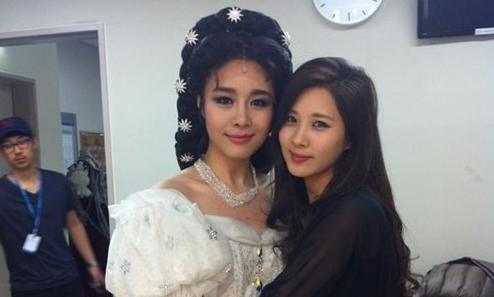 Girls' Generation's Seohyun Sends Ok Joo Hyun A Touching Dancing Video