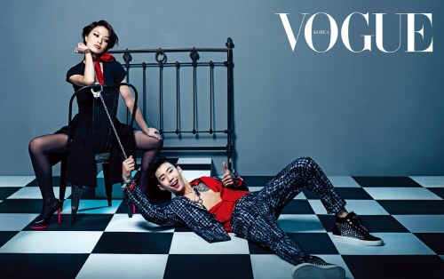 "Jay Park Enjoys Being Handcuffed in ""SNL Korea's"" ""Vogue"" Pictorial"