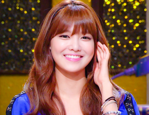Girls' Generation's Sooyoung Flaunts Her Perfect Body