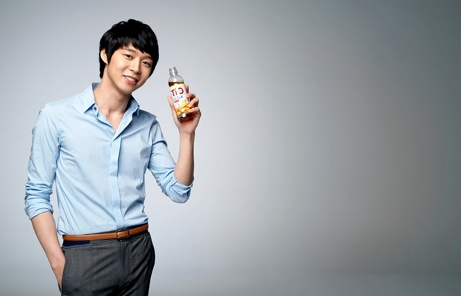 Park Yoochun Wins Popularity Award Three Years Running